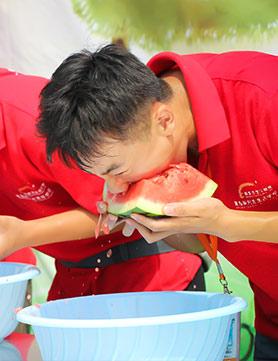 吃瓜大赛透心凉,青岛新东方西瓜节带你嗨翻