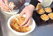 名师课堂出品:日式金丝虾球、黑金蒜牛肉粒