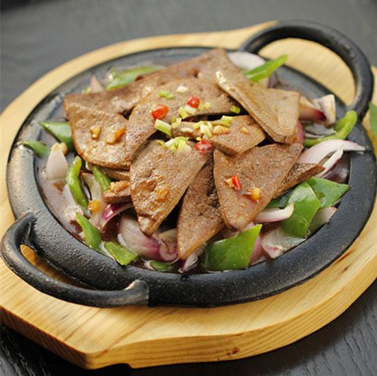 青岛新东方<a href=http://www.qdxdf.com/mtpj/ target=_blank class=infotextkey>烹饪课堂</a>