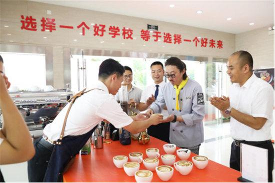 冰箱家族挑战新东方烹饪 你猜谁能更胜一筹606.jpg