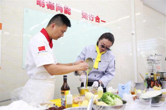 冰箱家族挑战新东方烹饪 你猜谁能更胜一筹1429.jpg