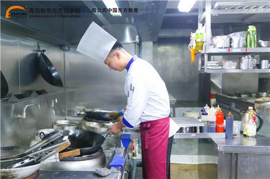 成功學子 | 王濱海:鍋勺交響樂 譜寫精彩人生